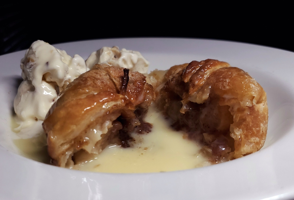 Apple Dumpling with ice cream and vanilla cream sauce September 8th, 2020